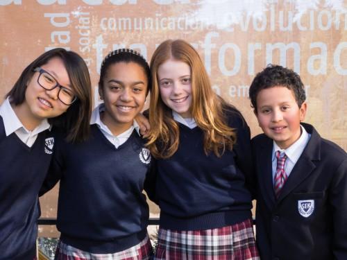 estudiantes del colegio privado SEK y vocación internacional